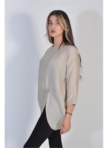 Zeren Kadın Krem Asimetrik Kesim Oval Yaka Keten Bluz Krem